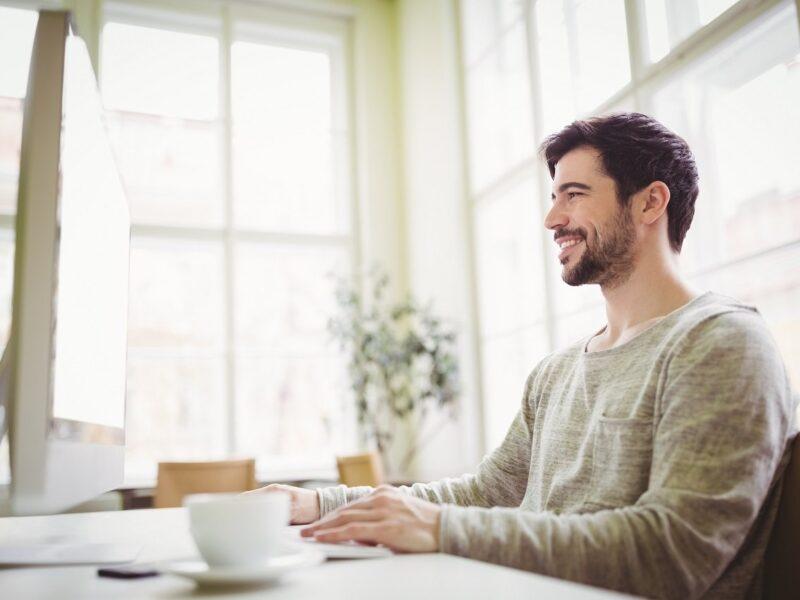 Como desenvolver inteligência emocional no trabalho?