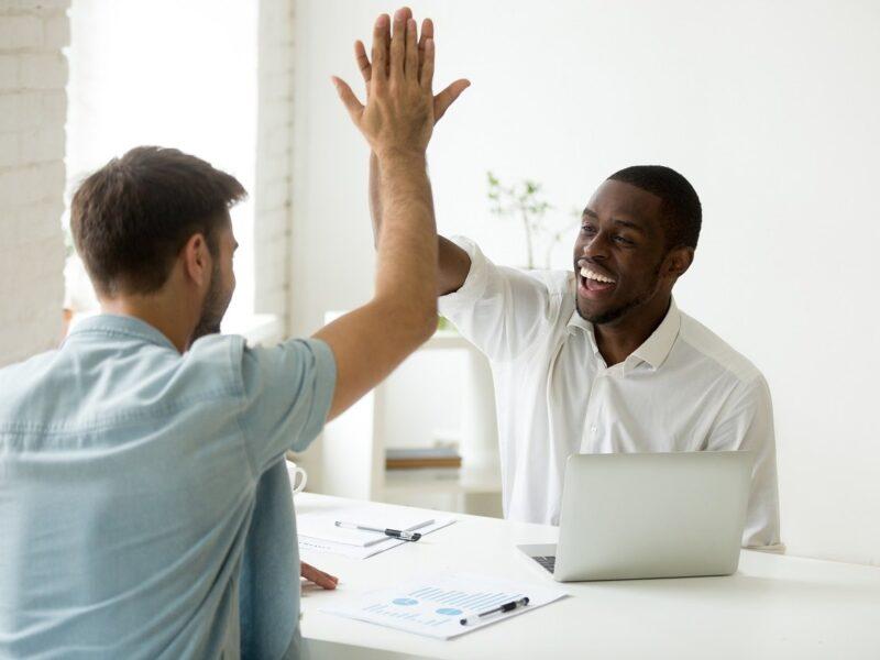 4 frases de motivação no trabalho: confira!